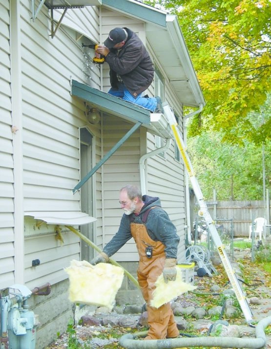 weatherization-mvac-provides-energy-saving-services